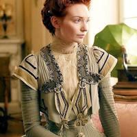 A BBC megint fantasztikus sorozatokat készít, Eleanor Tomlinson pedig csábító szépség lesz