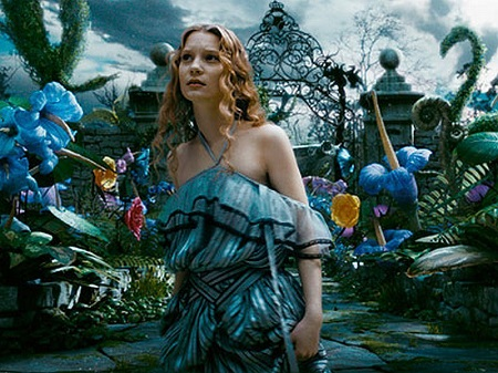 Alice-in-Tim-Burton-s.jpg