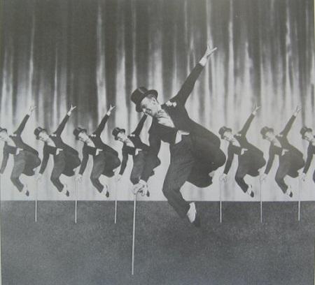 A dalt Fred Astaire tette széles körben népszerűvé 1946-ban.