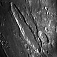 18 karikás kráter a Holdon