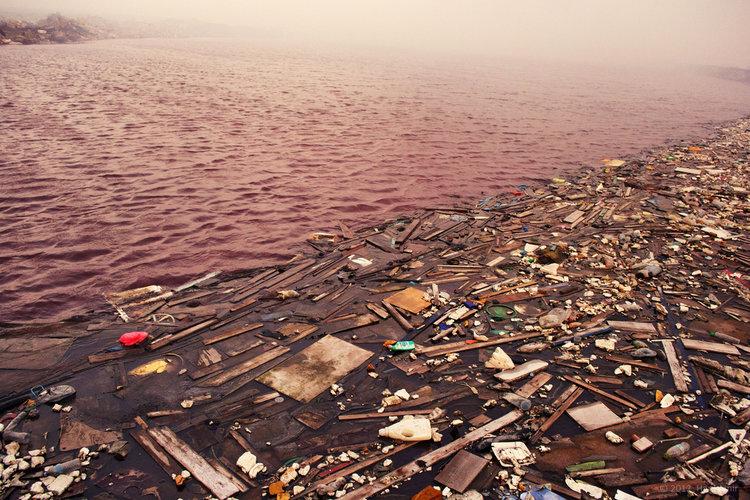 http://www.businessinsider.com/thilafushi-trash-island-maldives-photos-2013-3