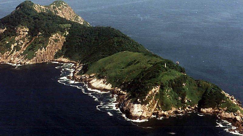 http://www.thebookoftravel.com/10-strange-uninhabited-islands/