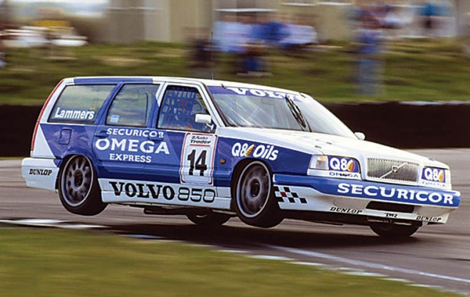 volvo-850r_t5r-estate-ontrack[1].jpg