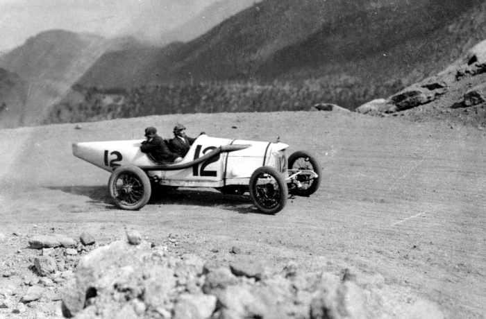duesy at Pikes peak.jpg