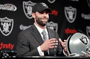 Matt Schaub a Raidersnél folytatja