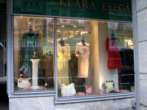 Klára Elegáns - Kirakat Szépség Verseny f689a2fce0