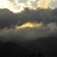 Felhők a hegyeken