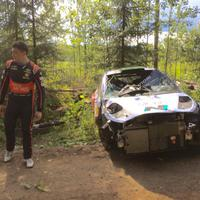 Hayden Paddon out!