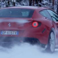 Ferrarival keresztben, havon, erdőben, egy világbajnokkal