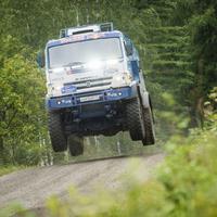 Kamazzal Polo WRC ellen?