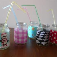 Trendi zsúrpohár kiürült bébiételes üvegekből - pofonegyszerű és látványos