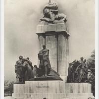 Parvenű-barokk – a Tisza-szobor ma