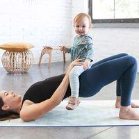Baba-mama jógával az erősebb családi kötelékért