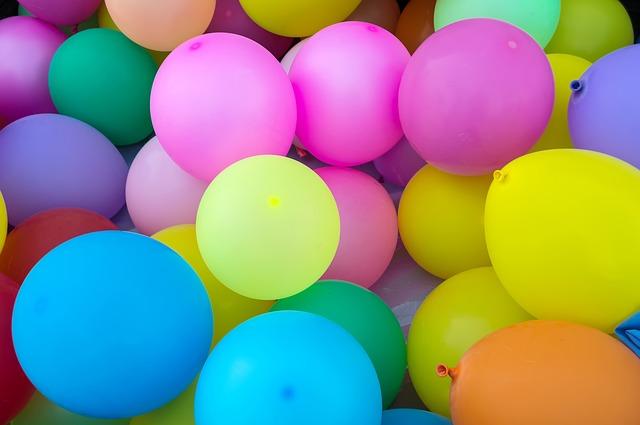 balloons-1869790_640.jpg