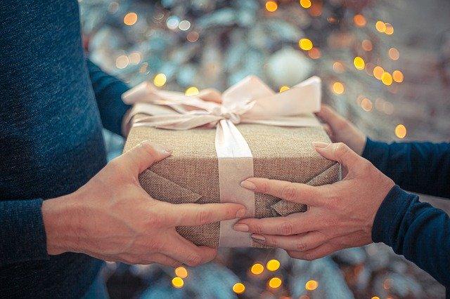 gift-4669449_640.jpg