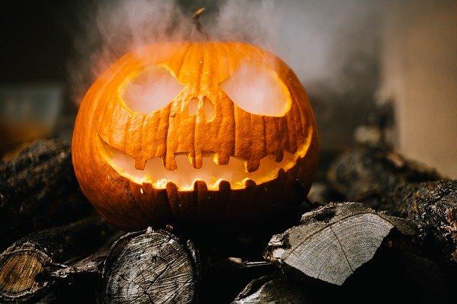 halloween-2905531_640.jpg