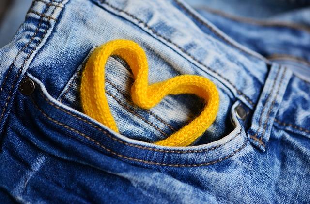 jeans-2324069_640.jpg