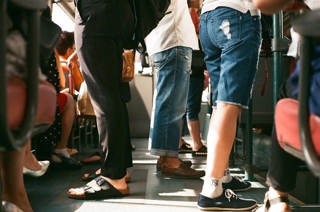 passengers-1150043_640.jpg
