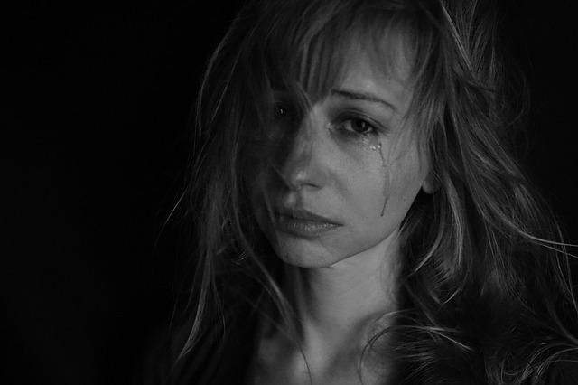 tears-4551435_640.jpg
