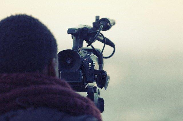 videographer-698667_640.jpg