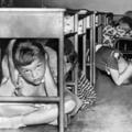 A magyar diákoknak fasiszta irodalmat kell olvasniuk - svájci lapszemlénk