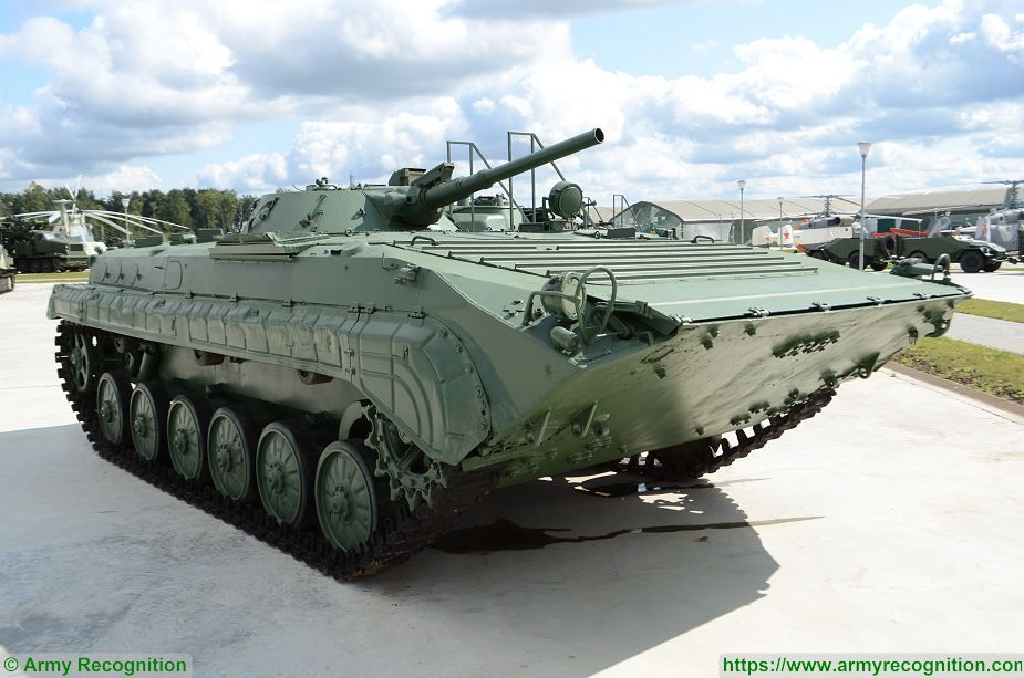 bmp-1_ifv_tracked_infantry_fighting_vehicle_russia_russian_army_defense_industry_925_001.jpg