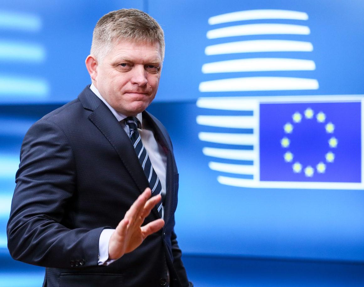 Robert Fico kifakadt a szlovák jogállamiságot vizsgáló bizottságra