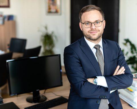 Az Index-ügy balliberális belharc – Podcast Orbán Balázzsal