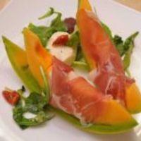 Sárgadinnye serranoi sonkával és némi csavarral (Rózsa György, Vacsoracsata)