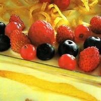 Citromos tiramisu erdei gyümölcsökkel
