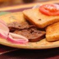 Hideg kacsamáj zsírjában sütve, lilahagyma-karikákkal (Kammerer Zoltán, Vacsoracsata)
