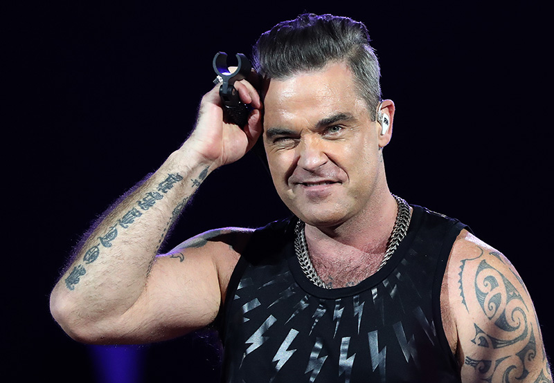 0robbiewilliams2017_20.jpg