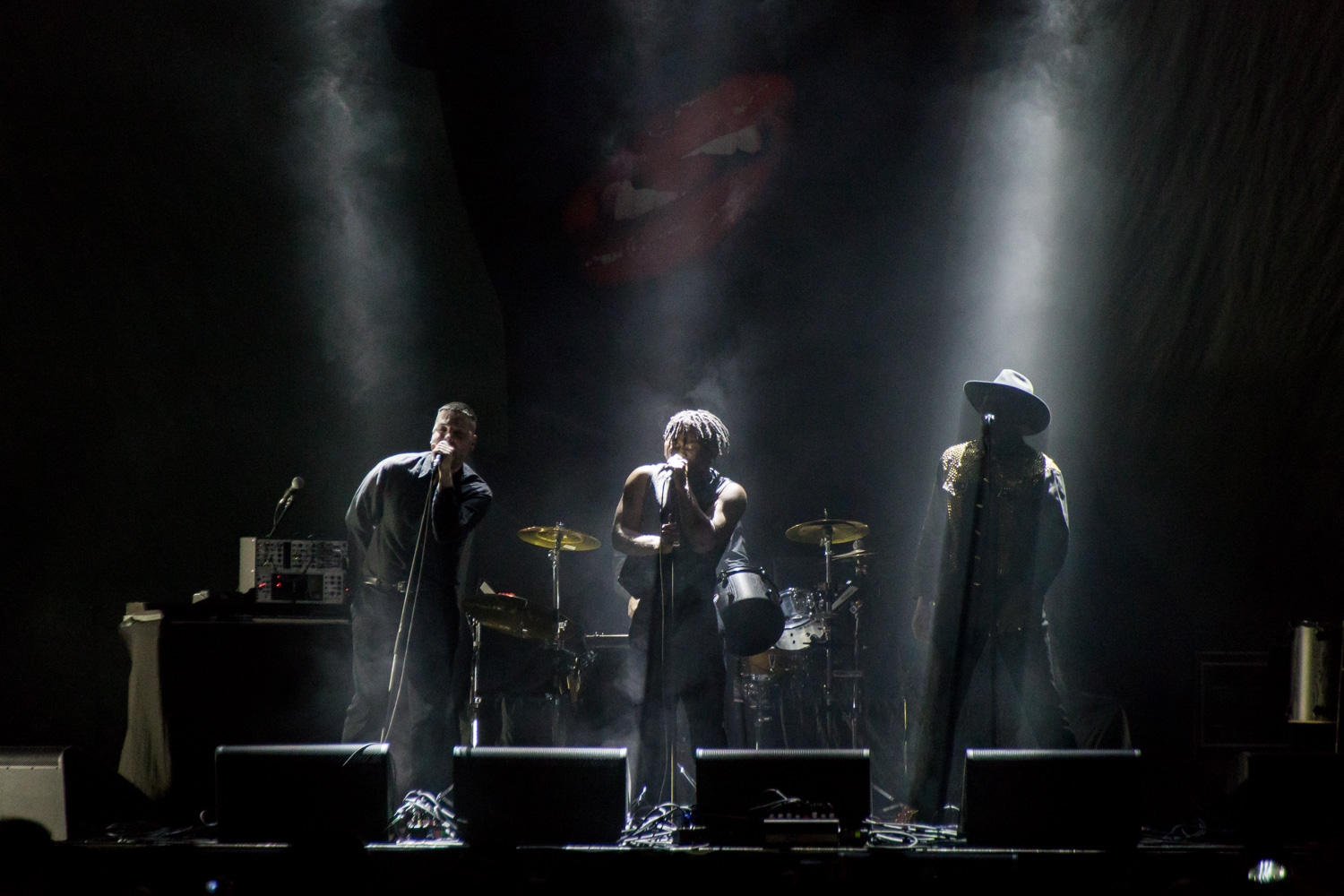 massiveattack2018_06_youngfathers.jpg