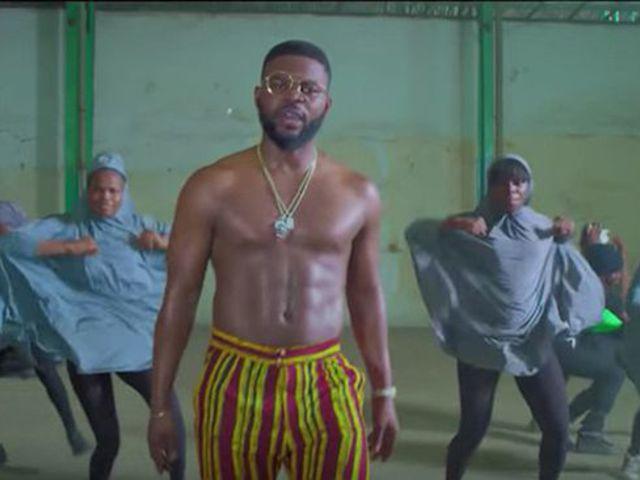 Átültették Nigériába a provokatív klipet, rögtön be is tiltotta a kormány
