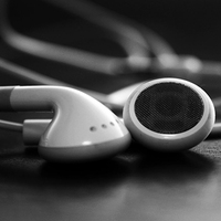 Az Apple lenyomná a Pandorát és a Spotify-t?