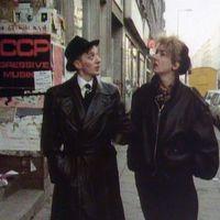 B-Movie: izgalmas doksi Berlin 80-as évekbeli zenei életéről ma a Művész moziban