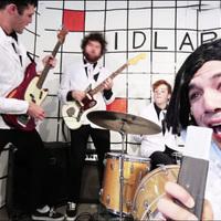 Az MTV-korszak legendás videoklipjeit parodizálja a FIDLAR