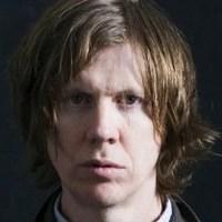 A Sonic Youth vezére Beckkel készített lemezt