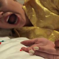 18+ Hol van a kurva agyam?! - Miley Cyrus és a Flaming Lips videója minden drogon túltesz