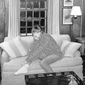 Taylor Swift a kanapéról vezet be idei albuma titkaiba