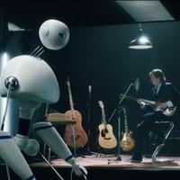 Paul McCartney esete a robot teremőrrel