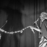 Belsőséges buli - Jenny Hval a Trafóban (fotógaléria)
