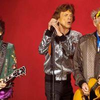Mick Jagger szívműtétje miatt szünetel a Rolling Stones-turné