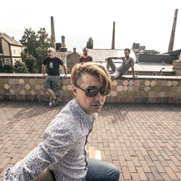 Barátkozós, szerelmes meg fiatalos - 30Y-videópremier