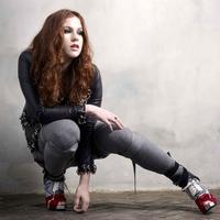 Katy B négy új dalt tett letölthetővé