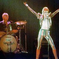 David Bowie összeesett a színpadon! - Heti hírmix (1973. február 15.)