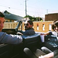 Arctic Monkeys: a fiúk a sivatagban vannak
