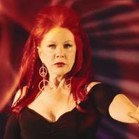 A B-52's énekesnője, mint Vénusz?