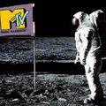 30 éves az MTV – és rögtön az első fuck!