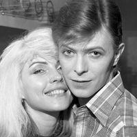 Debbie Harry esete a bekokózott David Bowie férfiasságával